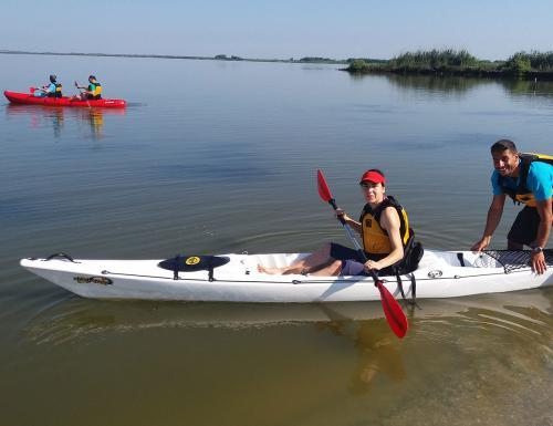 Learning Kayak in Cabras